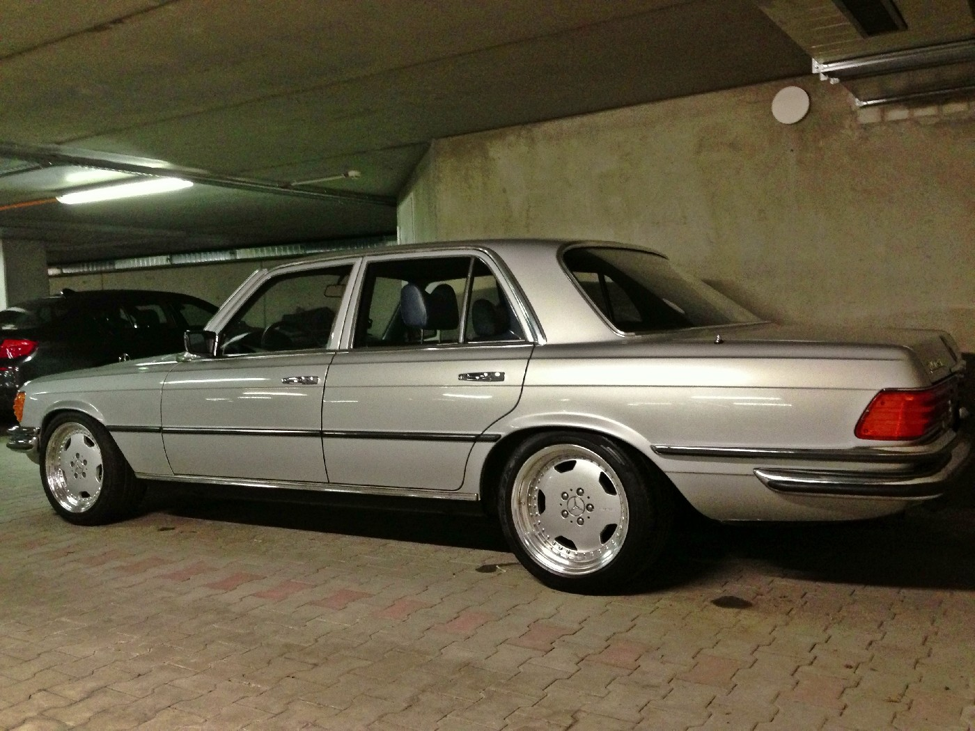 Oz 3 piece wheels on a w116 mercedes benz forum for Mercedes benz forum